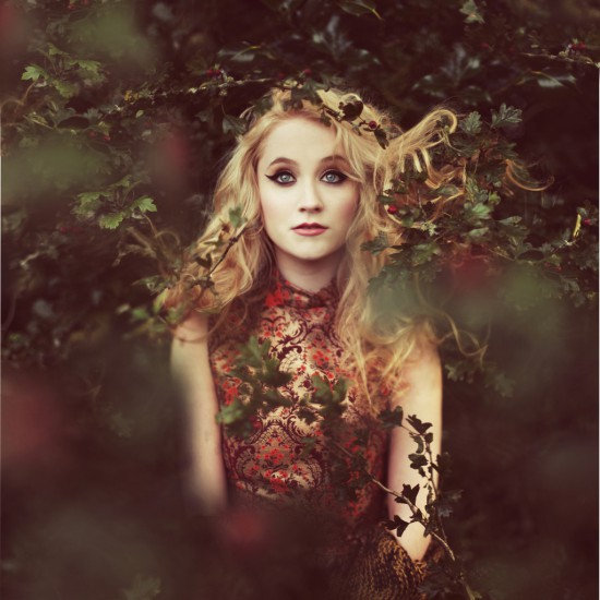 Janet Devlin, press photo by Rosie Hardy